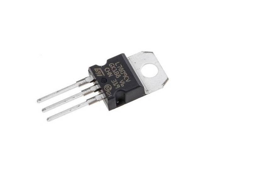 LM7809 IC-9V Positive Voltage Regulator IC